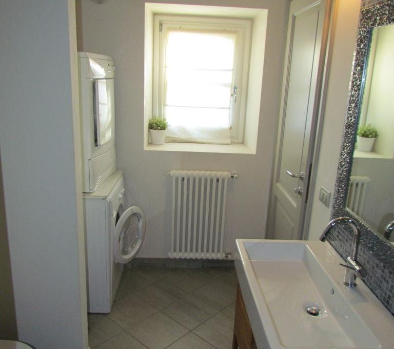lavanderia e bagno di servizio