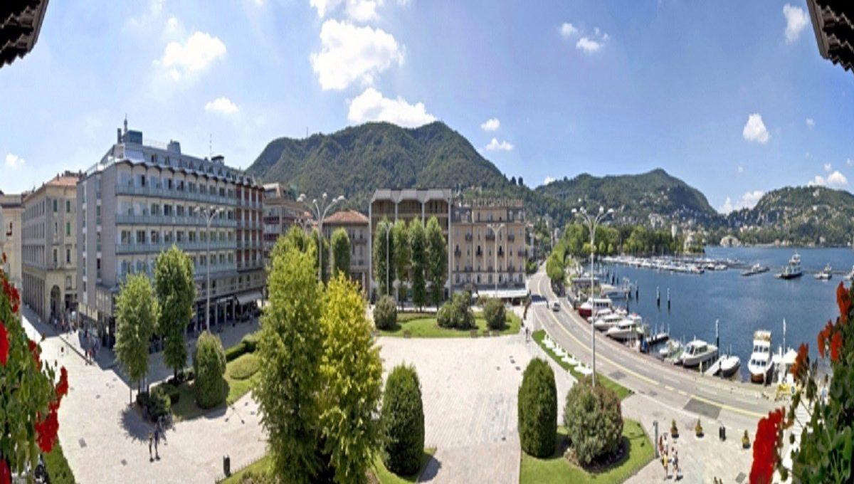 Vista della Piazza Cavour