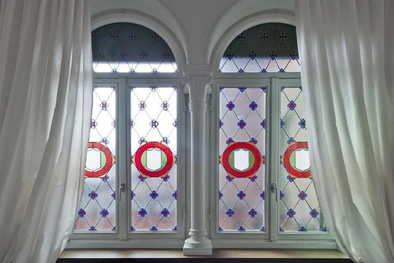particolare delle vetrate