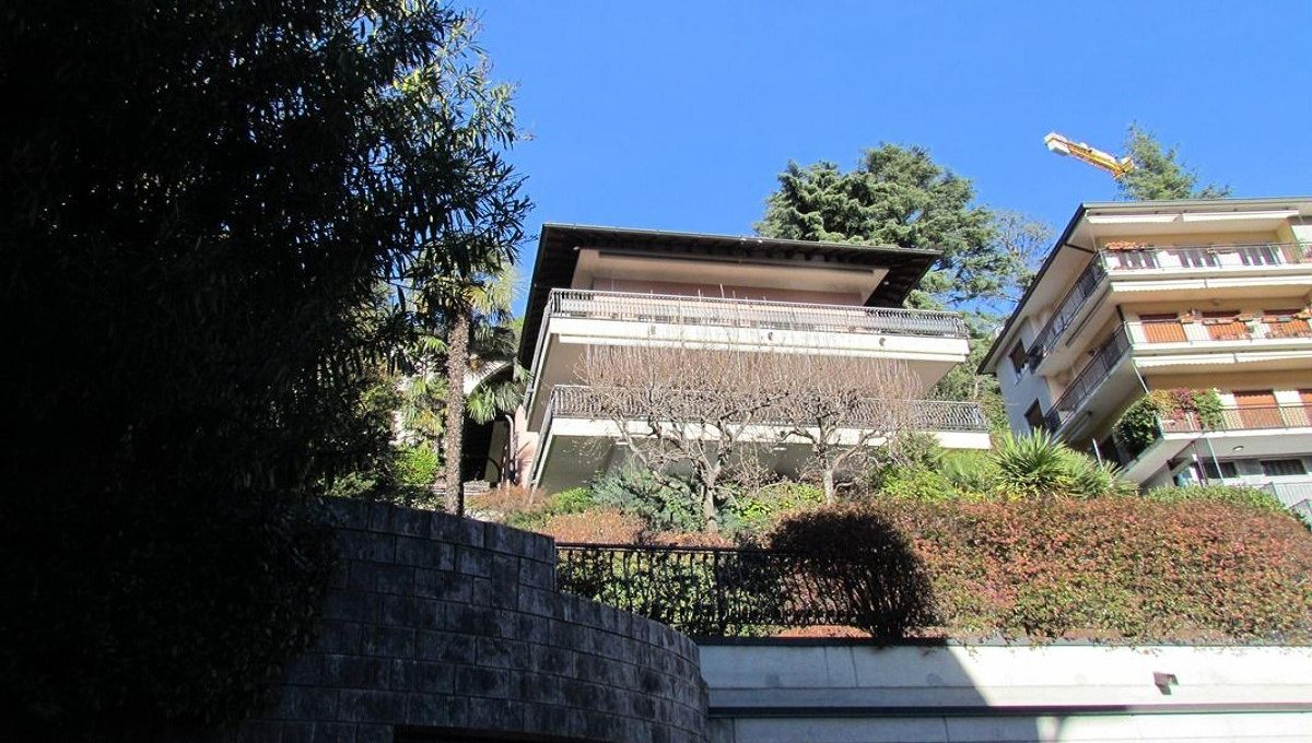 villa in Como