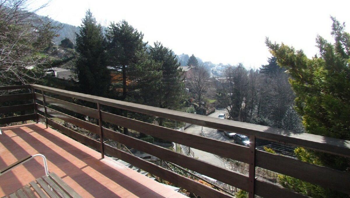 Villino a Sagno balconata