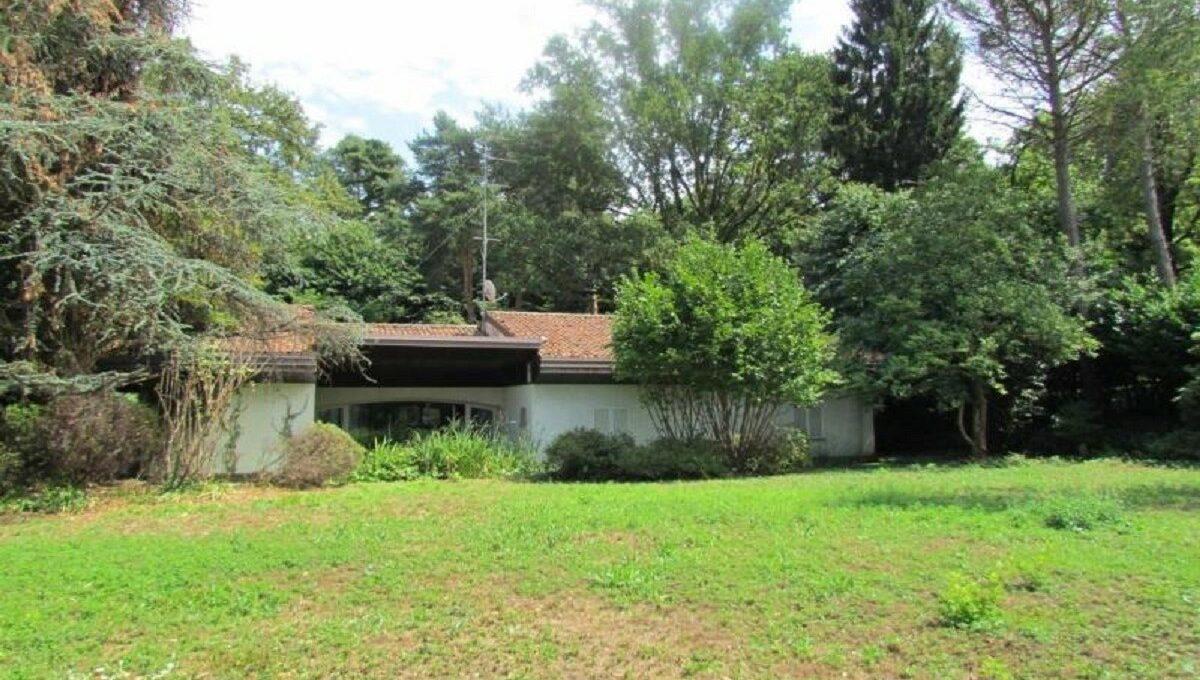 Villa via Ronco 42 (2)