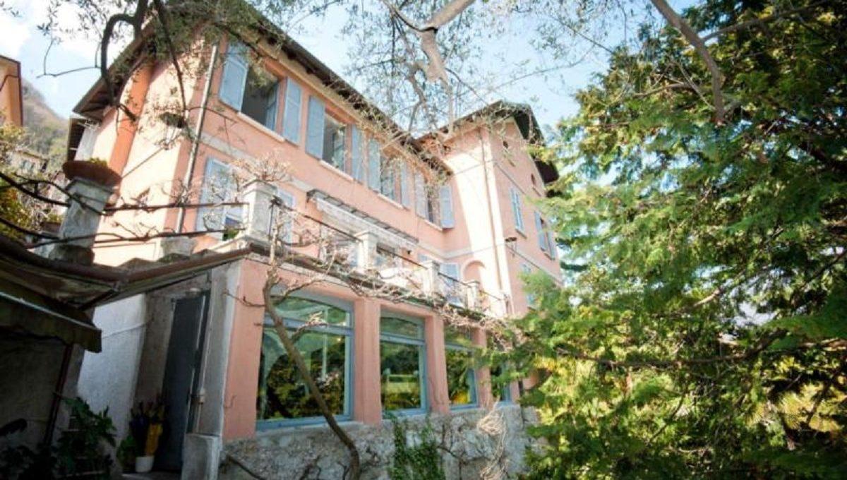Laglio villa fronte lago in affitto