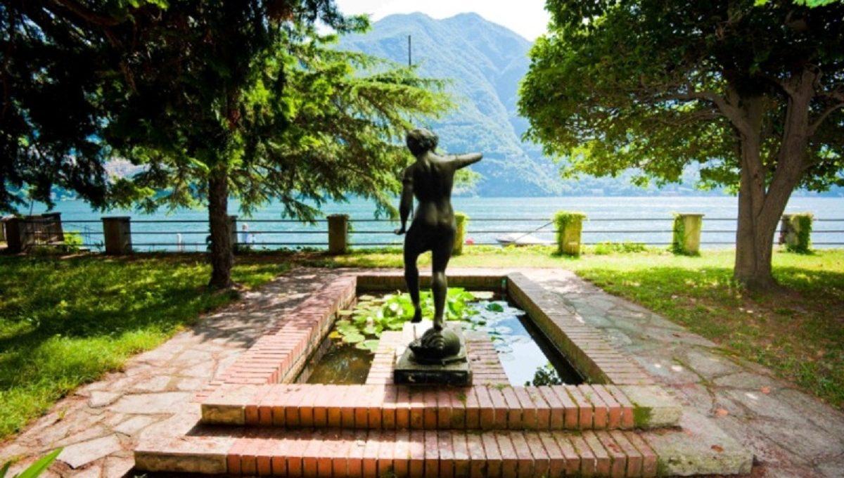 Statua e fontana del giardino