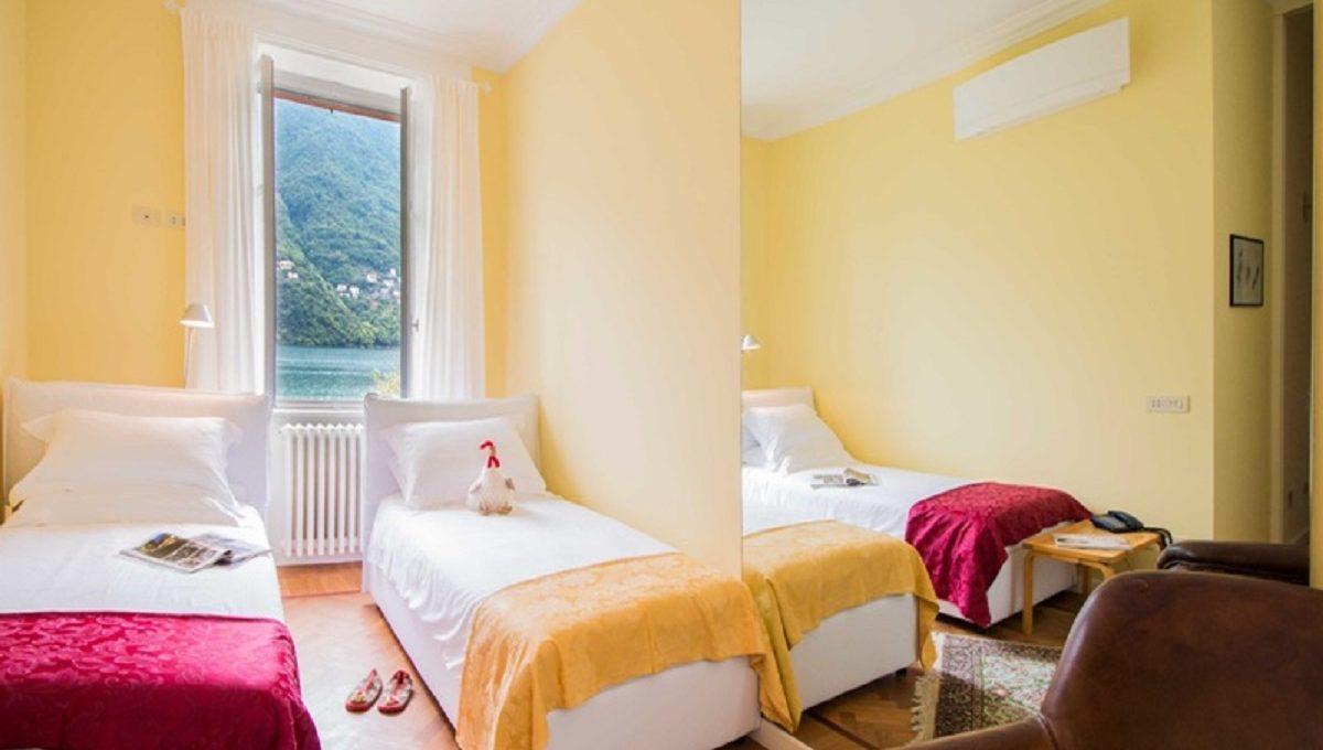 Camera da letto con doppio letto