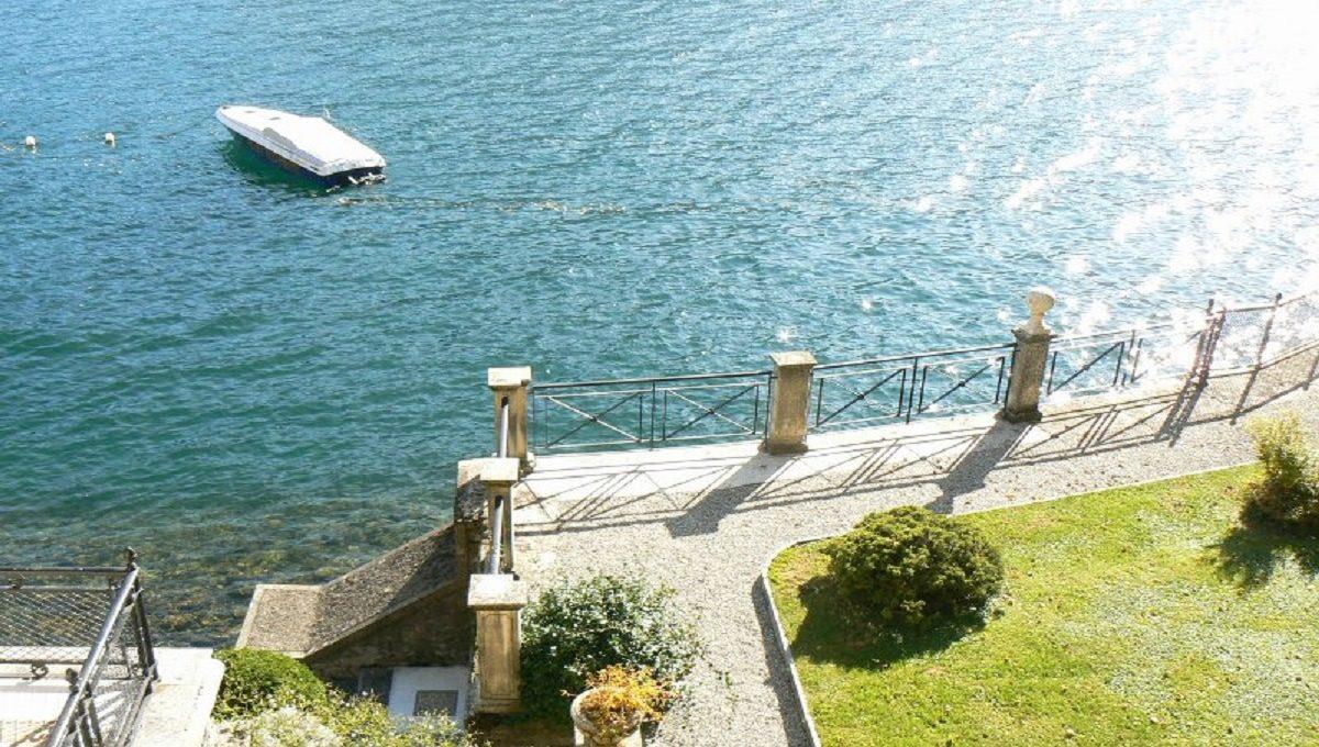 Veduta del Lago e del giardino da una delle camere al piano superiore