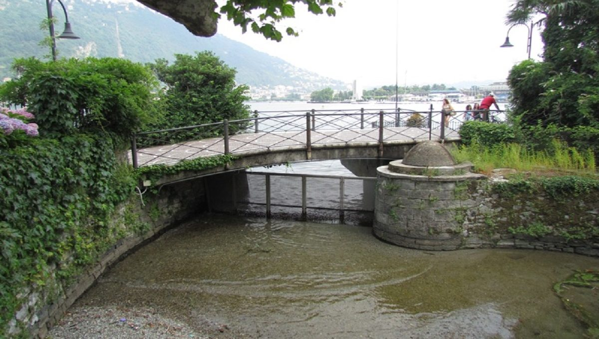 darsena privata con accesso diretto sul lago