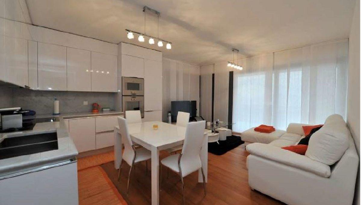 Appartamento di pregio 3.5 locali con giardino Lugano-Albonago