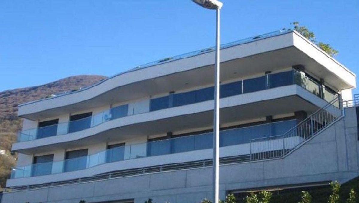 vista della palazzina lussuoso attico in vendita a lugano