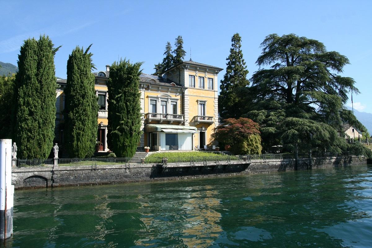 Dongo Villa fronte lago per affitti turistici