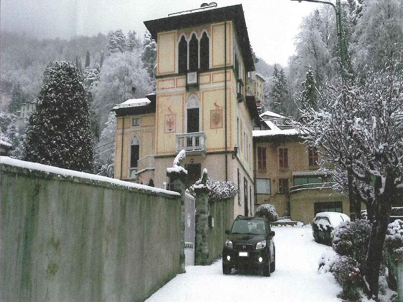 Villa Faggeto Lario neve