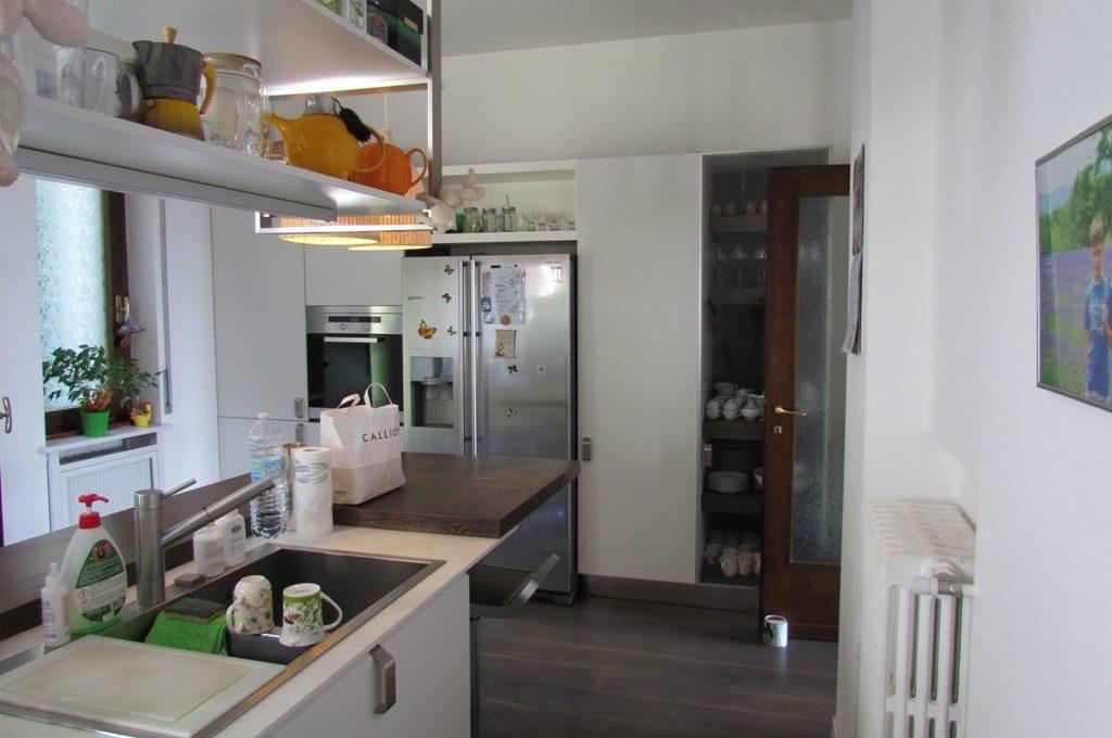 Cernobbio villa in affitto: cucina