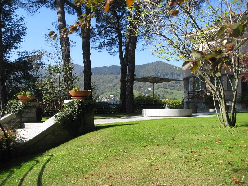 giardino della villa a Sanfedele Intelvi