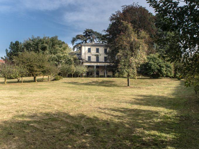 Casnate con Bernate Como splendida Villa