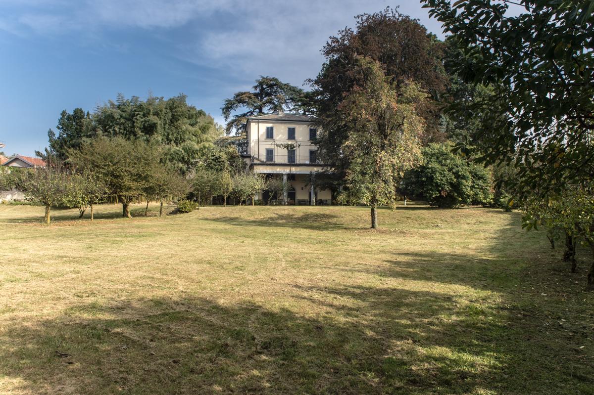 Casnate con Bernate Como splendida Villa in Affitto