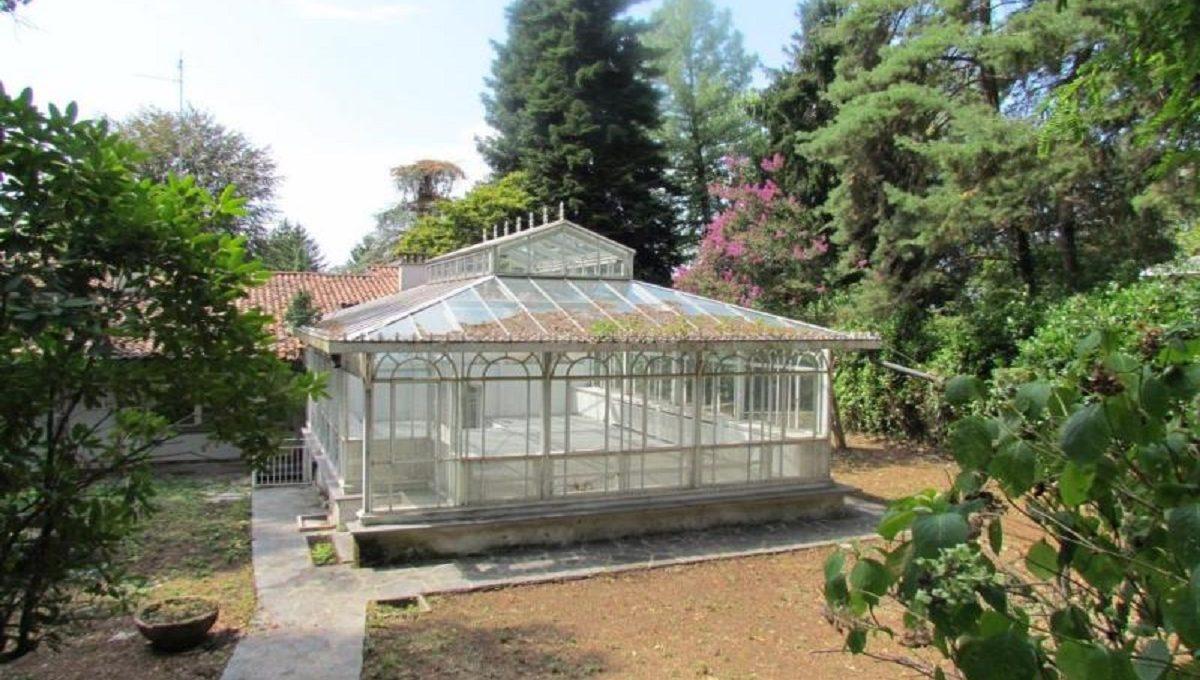 Villa-via-Ronco-42-1-1200x680