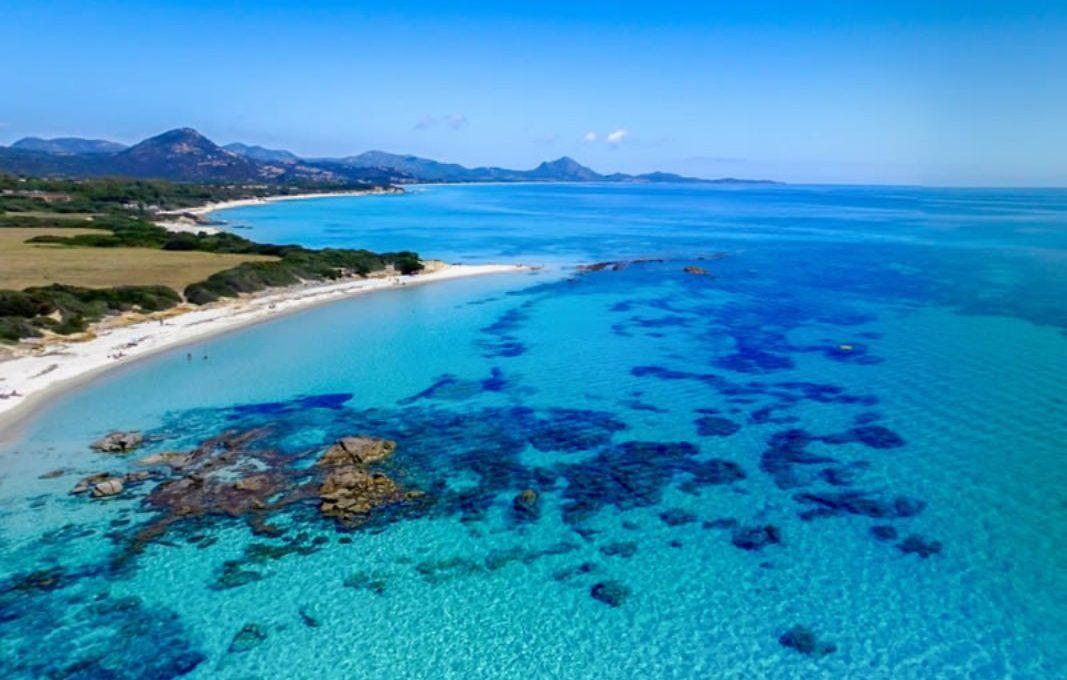 Castadias spiaggia e mare fantastici