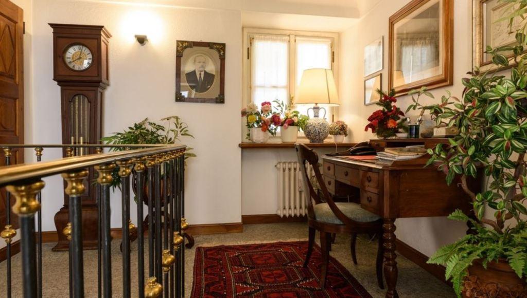 particolare dell'elegante appartamento in Como centro