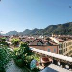 Splendido attico vista città Como