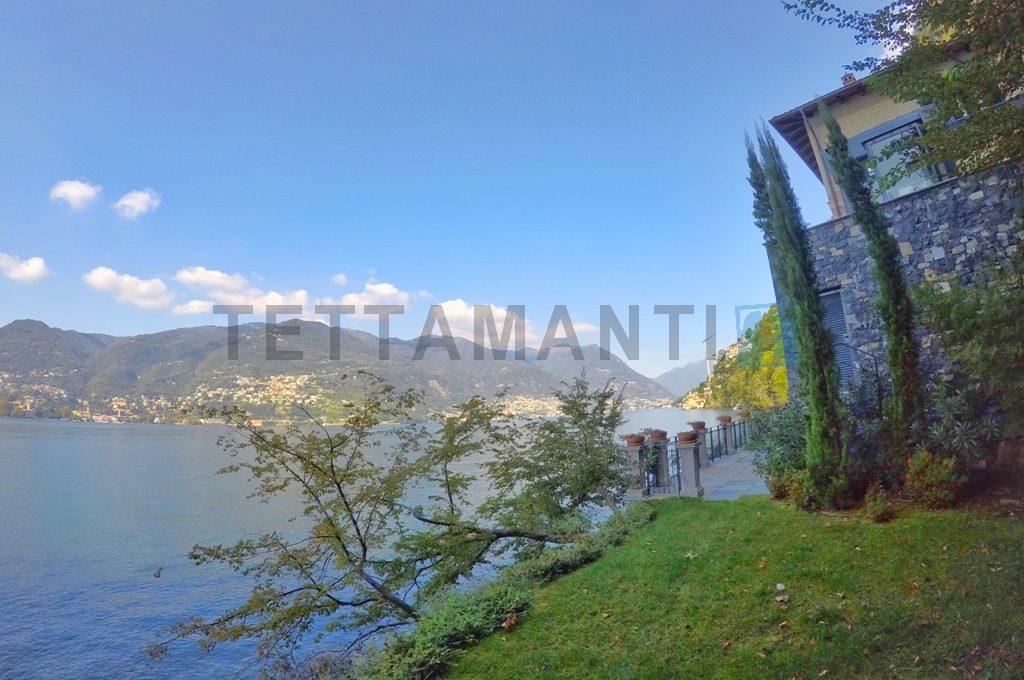 villa lusso lago di como pieds dans l'eau