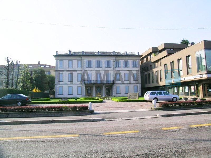 posizione centrale uffici in affitto