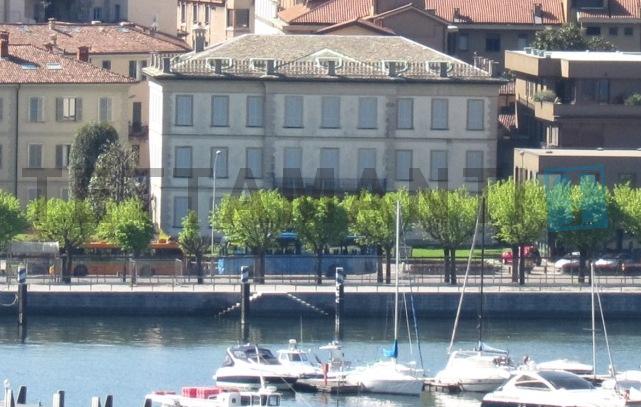 prestigiosi uffici frontelago centro Como in affitto