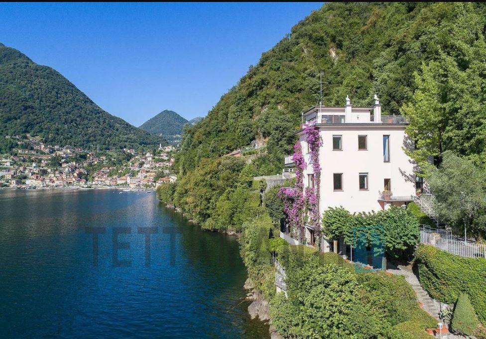 Argegno Lago di Como Villa in vendita