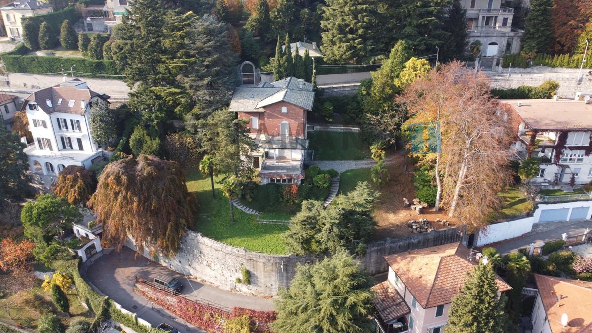 villa con giardino collina bignanico sopra villa olmo como