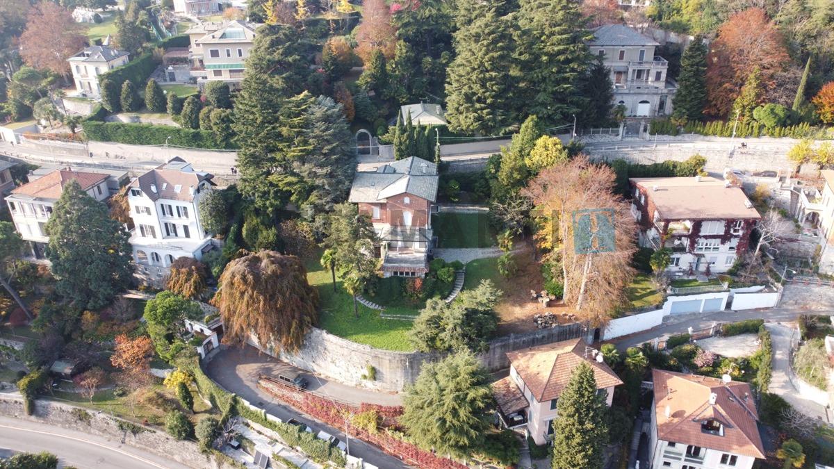 como villa in vendita vista lago giardino