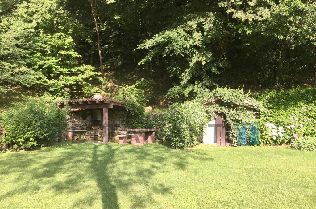 giardino zona BBQ