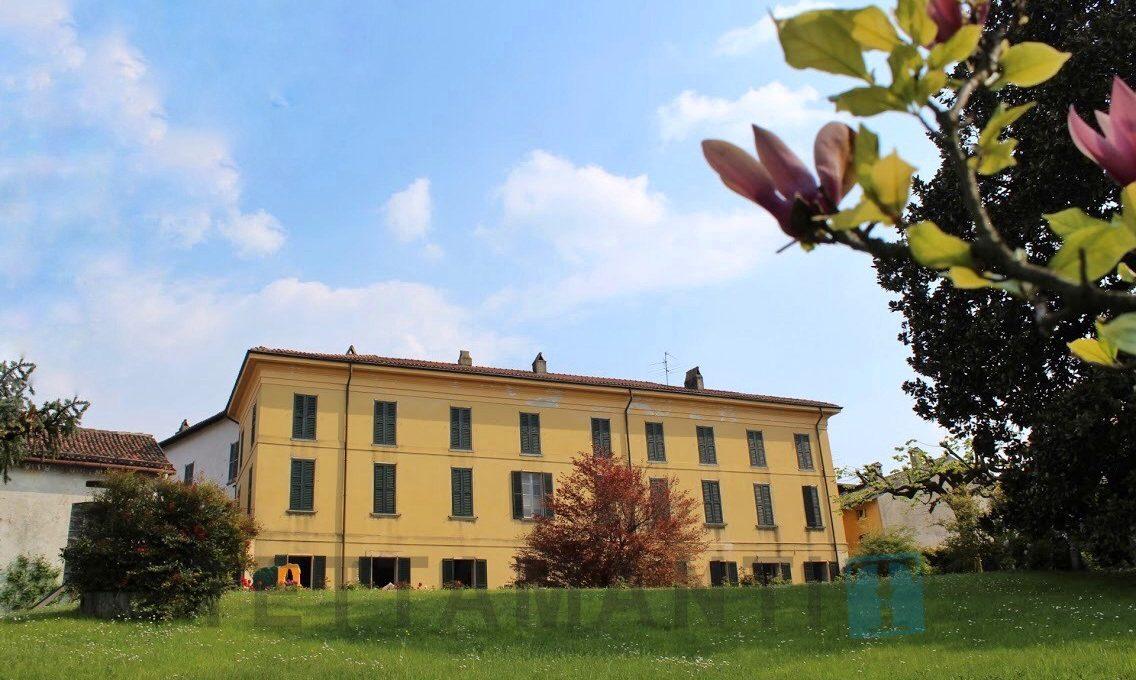 Villa con filanda storica