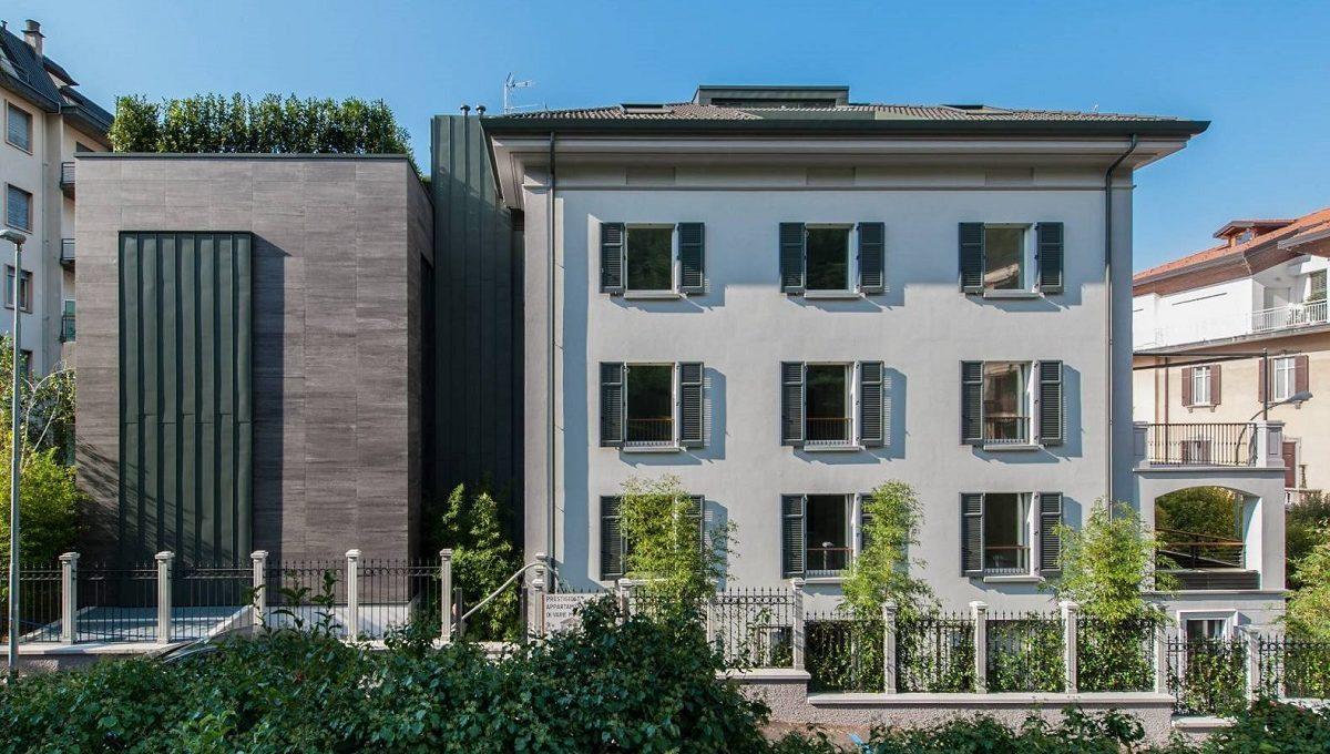 attico in vendita a Como moderno appartamento