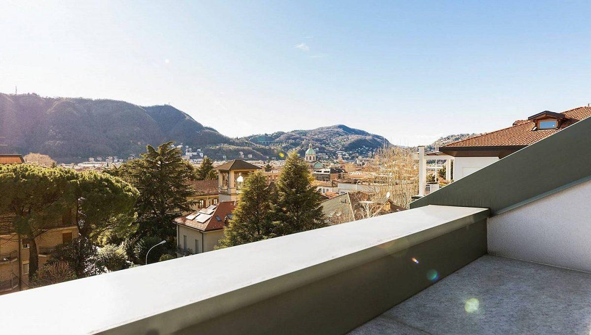 terrazzino con vista panoramica como città